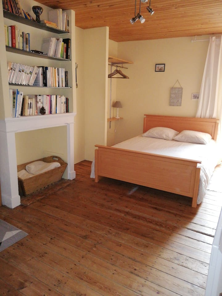 Nalliers (85) Chambre confortable climatisée