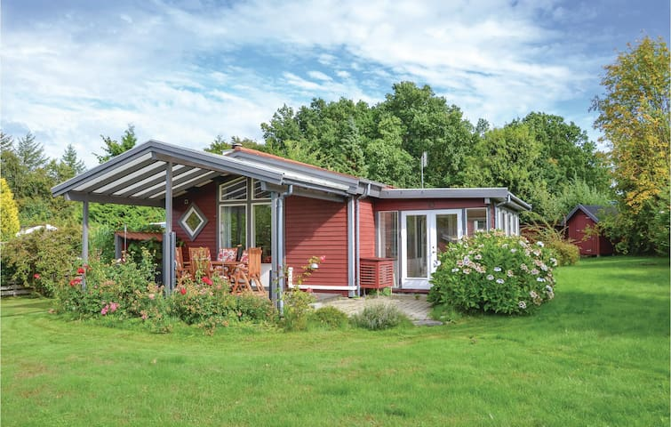 Holiday cottage with 2 bedrooms on 73m² in Gilleleje