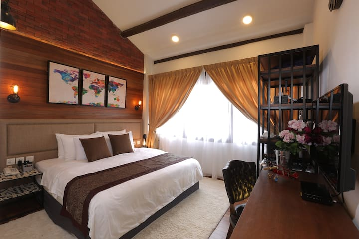 RHH Deluxe king room - George Town - Dom