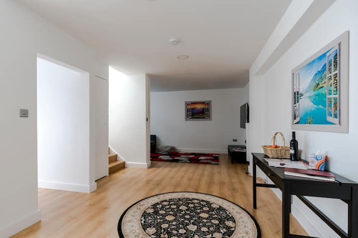 Luxury Hampstead House, Close to City Centre