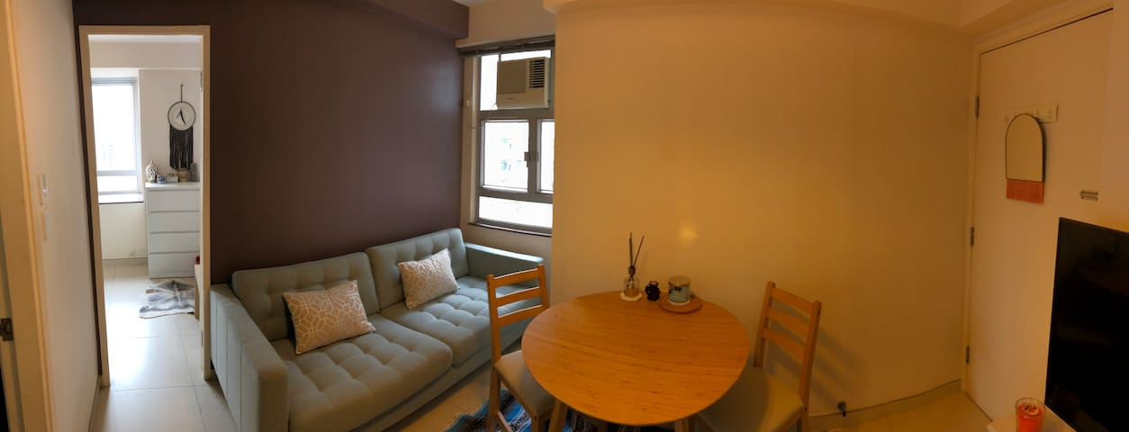 Modern 1 Bed Apartment - 1min from Kennedytown MTR