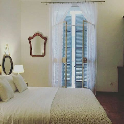 Nr4 Library room/ central located - Palma - Hus