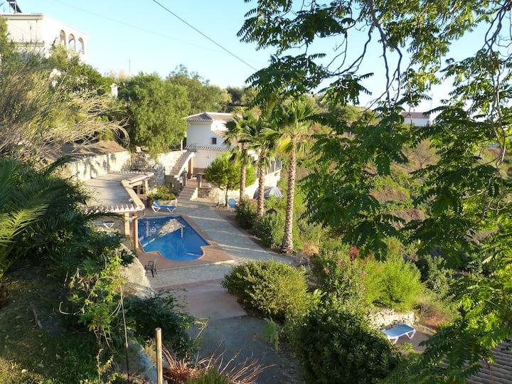 Maison 6 Personnes, piscine,sauna, vue panoramique