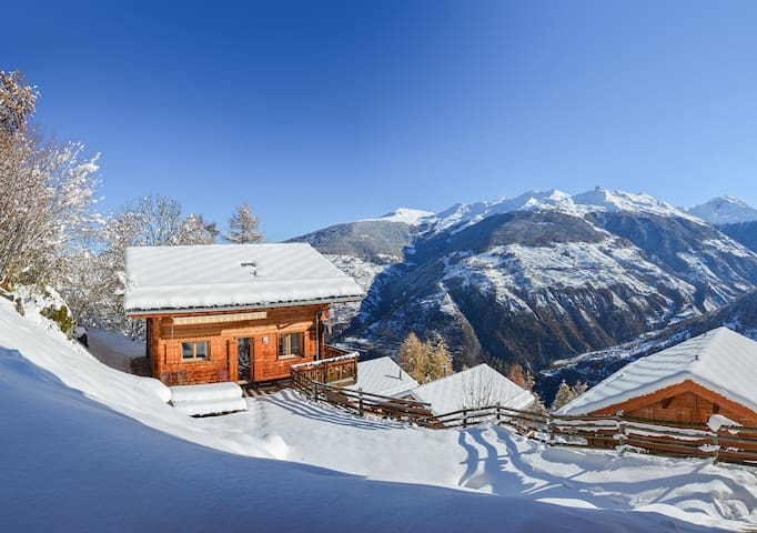 Large Chalet with Stunning Views