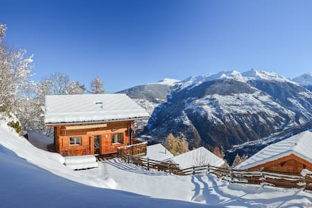 Large Chalet with Stunning Views - Hérémence - Talo