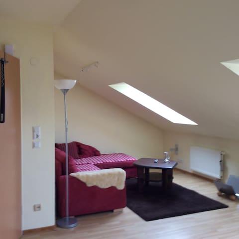 Gemütliche Dachgeschosswohnung - Bad Bramstedt - Apartament