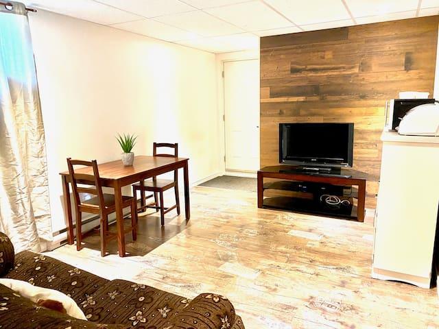 Grand appartement 4 1/2 et spa quartier tranquille