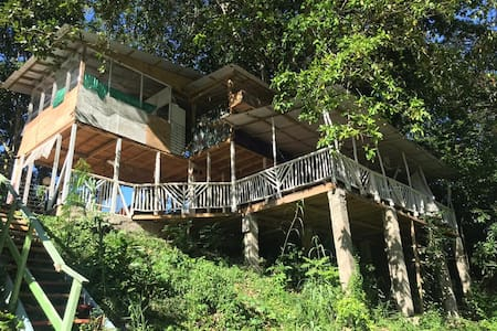 Irie Room for 3+porch in Treehouse @River Paradise