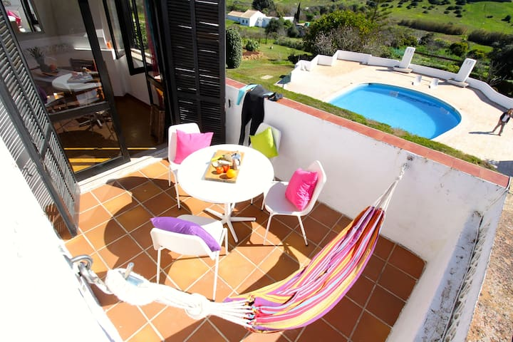 Family-Apartment for sea & pool lovers in Luz