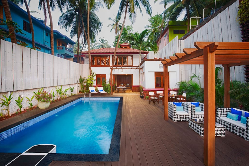 The lounging area by the pool.