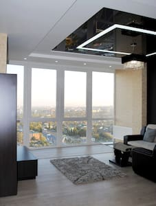 luxury 2BDR with lake view  - Kharkiv