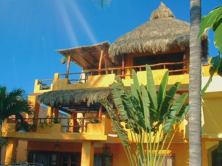 Bungalow Quetzal - Casa Salamandra