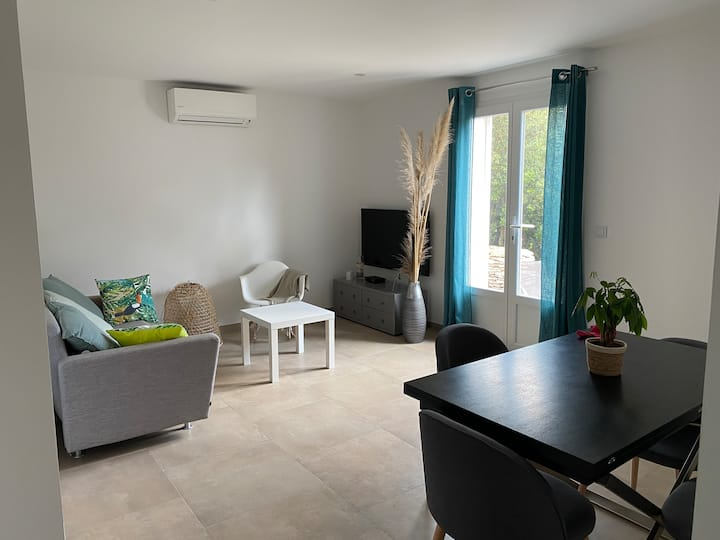 Appartement neuf rez de jardin à 2min de Bonifacio