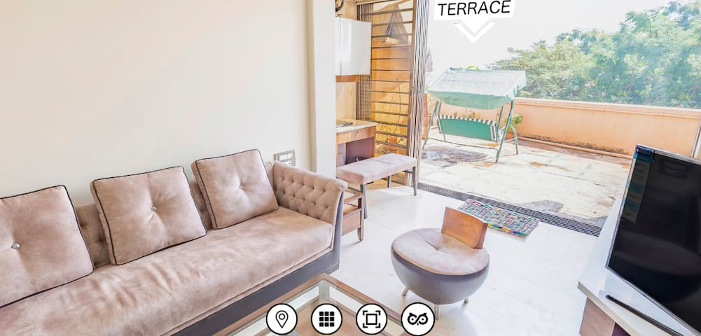 Sea facing, fully furnished, 2-BHK+terrace-apt.