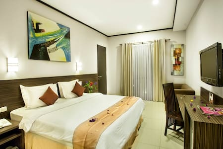 Deluxe King Bed for two- RoomOnly - Sukasari