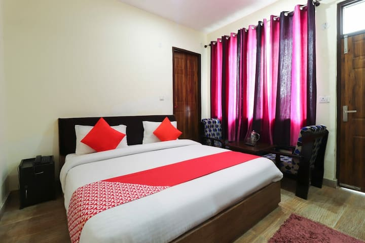 Classic Rooms In Dhanaulti