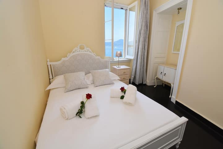 Angiolina apartment by the Sea Corfu Town
