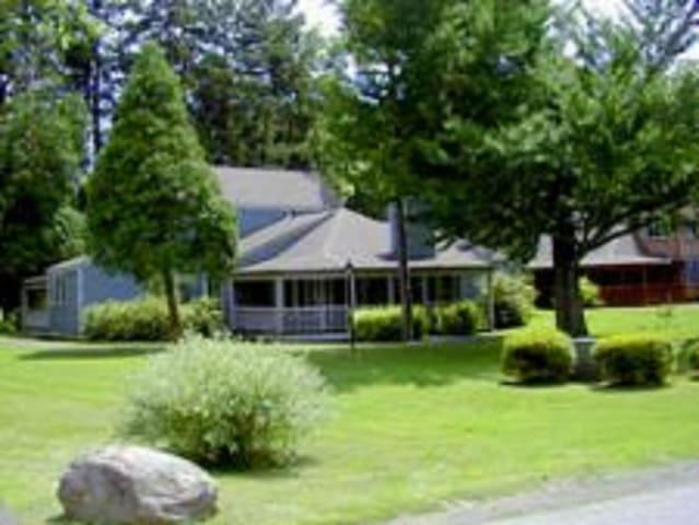 Shawnee Village, PA, 2 Bedroom Fairway #2