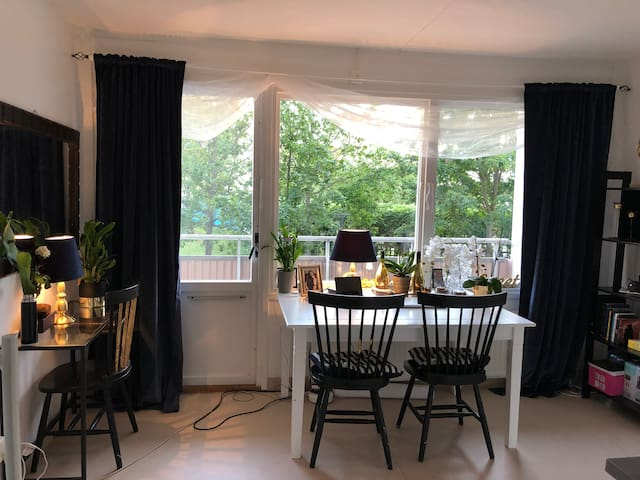 Cozy apartment 6 minutes from the central station