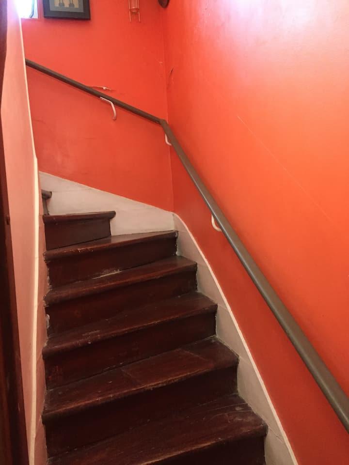 Your studio confort & meublé,calme et romantique.