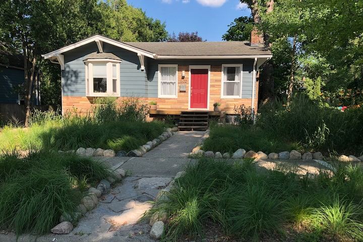Newly renovated northside Ann Arbor apartment