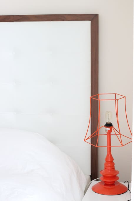 Contrasting Bed Side Lamp