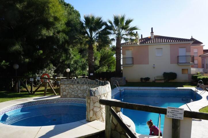 Precioso adosado en Islantilla (Huelva)