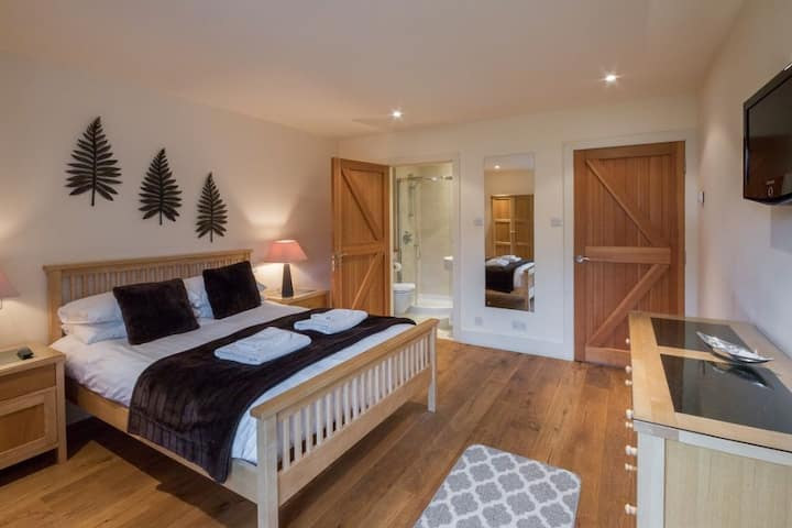 Mains of Taymouth, Kenmore - 4* Tay View Lodge, sleep 6 with hot tub