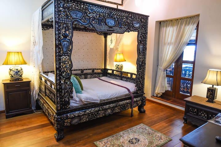 Opium Pearl @ 5 Heeren - Melaka - Butikový hotel