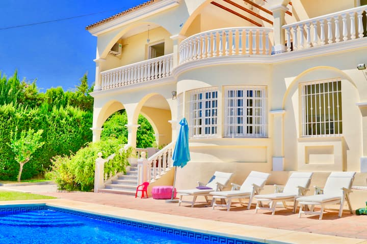 Villa Las Palmas Spain Sleeps 10 Pool Beach & Golf