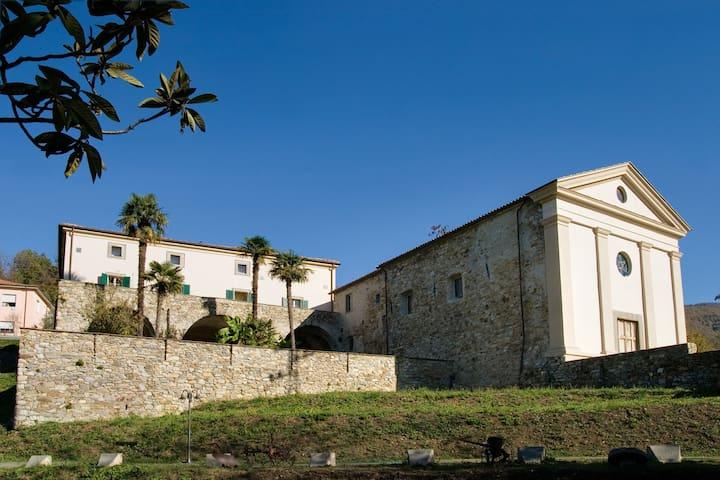 Villa il Monastero near to beaches and restaurants - Castiglione - วิลล่า