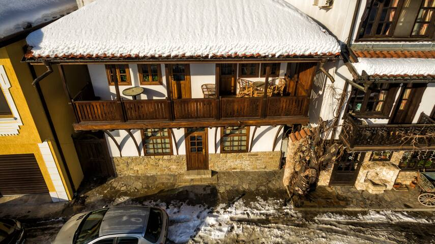 Great house with amazing view near the center - Veliko Tarnovo - House