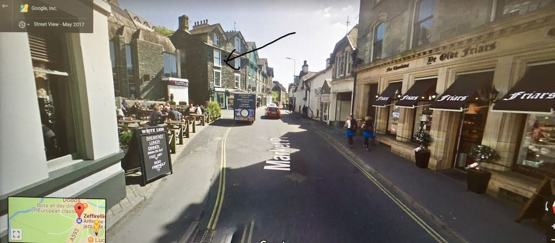 In the centre of Ambleside.  Minutes walk to the  shops, coffee bars, pubs, Cinema's, and fantastic walks