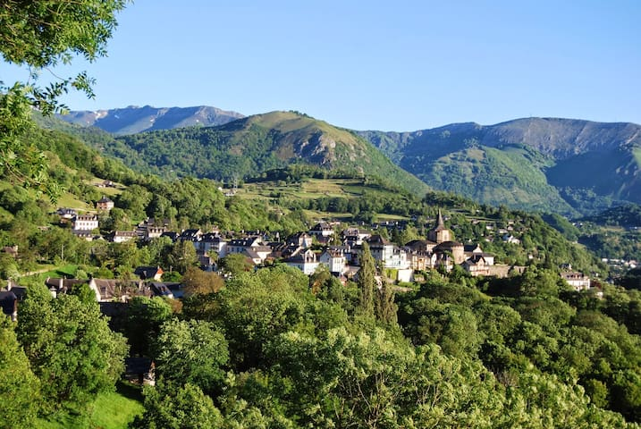 Beautiful views of the Hautes Pyrenées