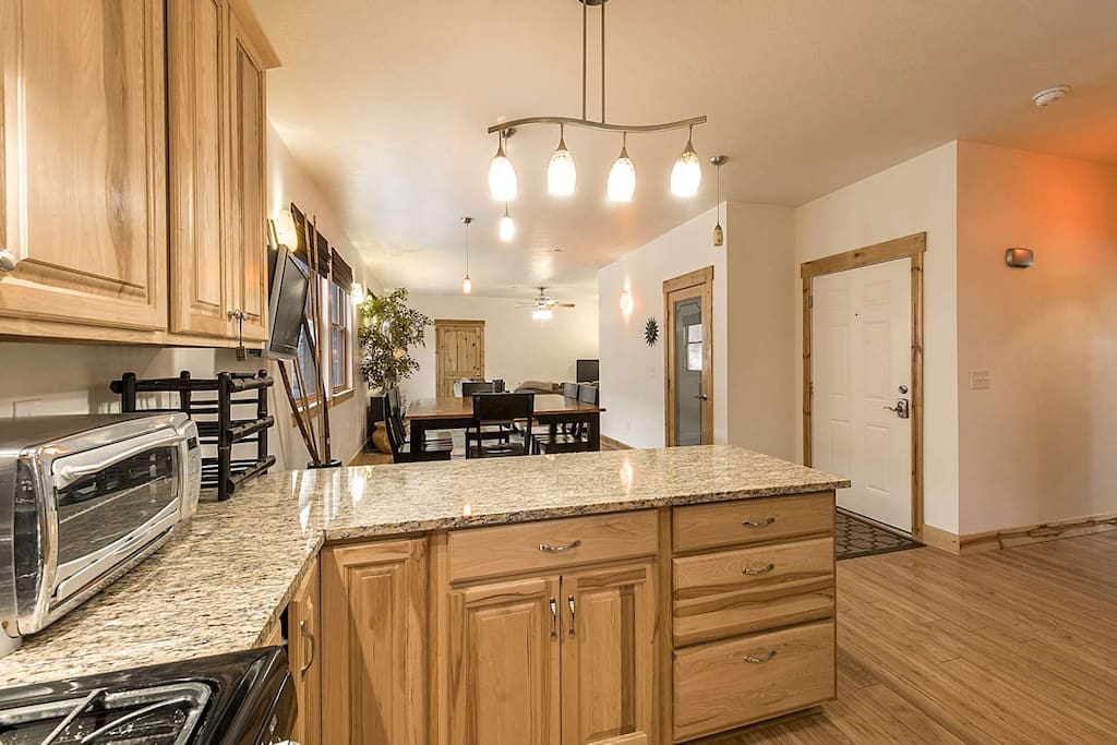 Looking to entertain? This Park City condo has everything you need!