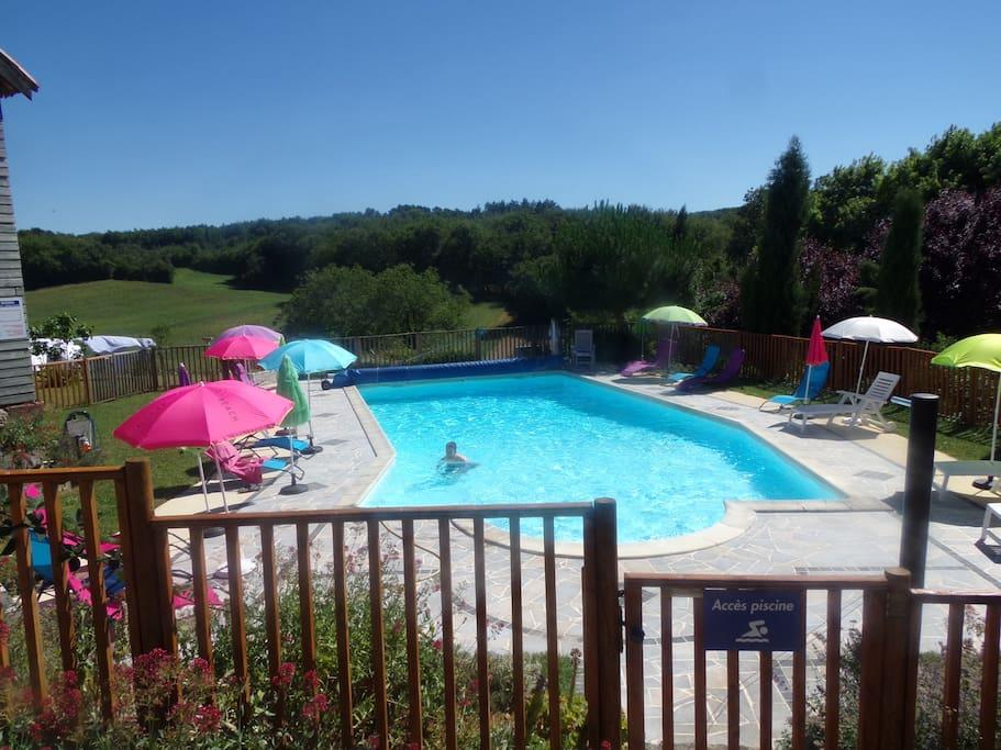 La piscine chauffée d'avril à octobre