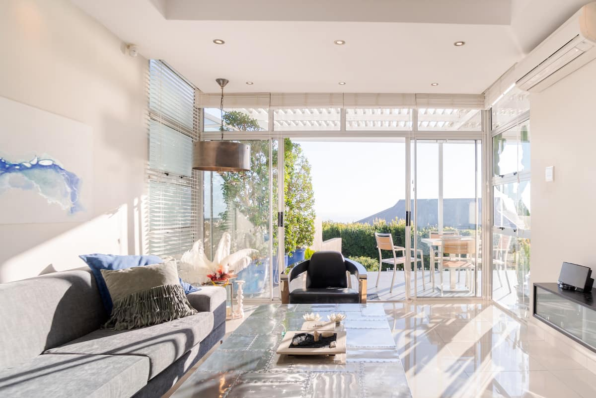 Tranquil Sea View Retreat in Coastal Camps Bay