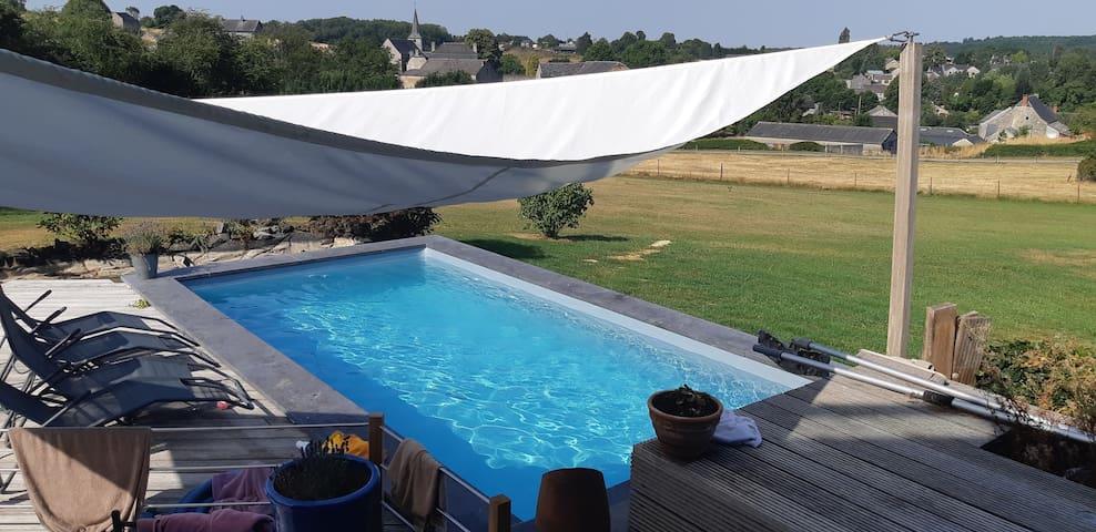 Durbuy-Bonsin, maison moderne avec vue et piscine