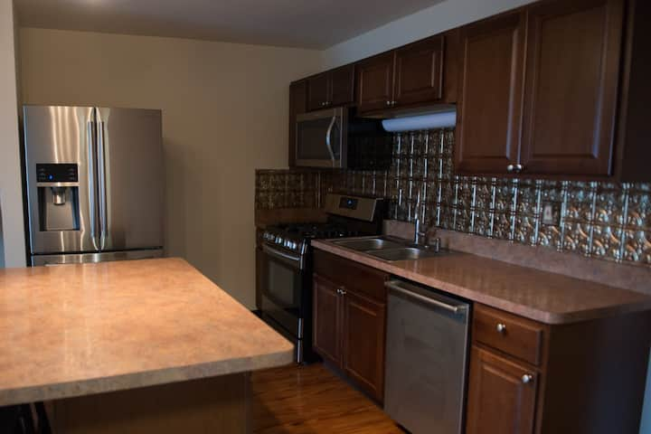 Executive 1 Bedroom Apartment - #1010