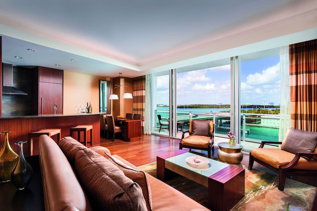 Bal harbour 2 bedroom grand suite 3beds high floor apartments for rent in bal harbour florida for 2 bedroom suites on collins avenue