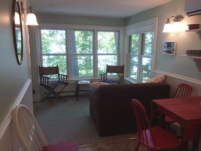 Suite at Neahtawanta Inn, near Traverse City
