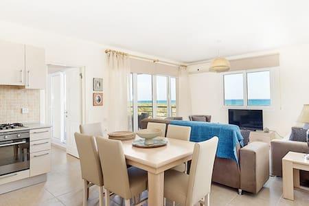 Thalassa Beach Resort 3 bedroom Apartment - Lakás