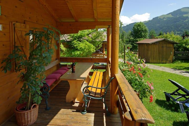 "Chalet ""Birke"" at Gartenhotel Rosenhof - Oberndorf in Tirol - Huis"
