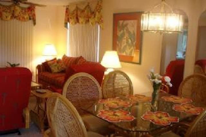Ocean Village Club H21-  Great 2nd Floor 2 Bedroom condo! - Butler Beach - Apartament