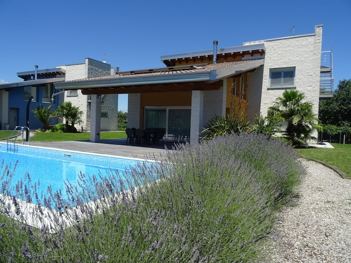 Villa Ocra: not only sea