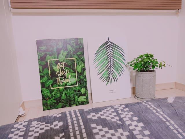 다양한 식물과 감각적인 디자인이 돋보이는 집입니다♡ #5점만점에 5점 #이쁜 디자인 #아기자기한 소품 #공기청정 지역 #5 Stars ☆☆☆☆☆ #Art- based