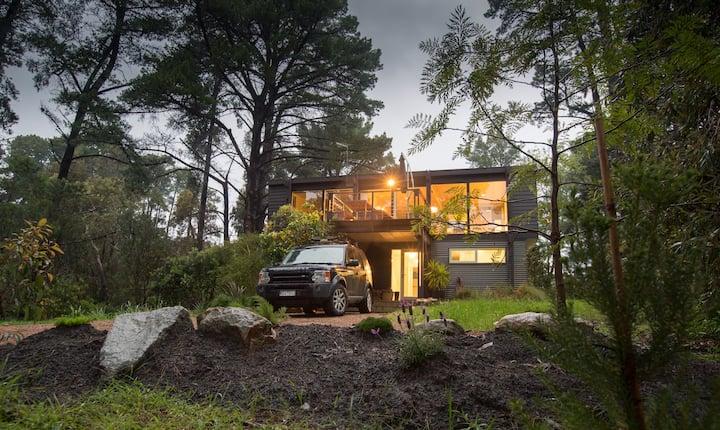 Flinders Treehouse - Stunning Beach Holiday House