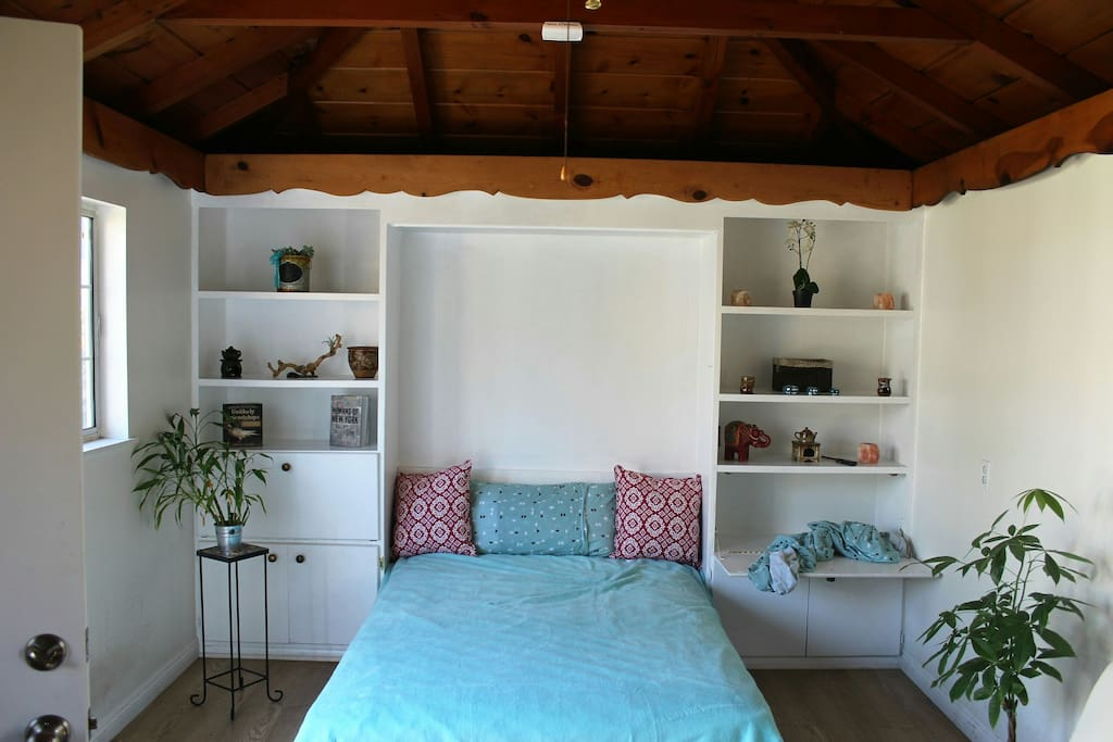 Guest Room For Rent In San Fernando Valley