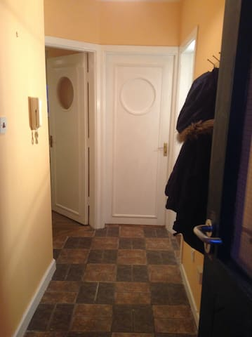 Town Centre 2 Bedroom Apartment In Ennis