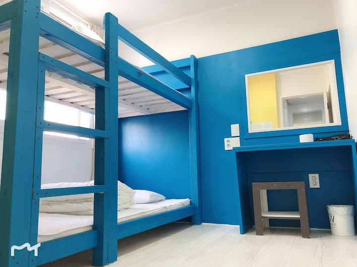 Slow Citi -Simple & tidy home~~^^Twin bunk room